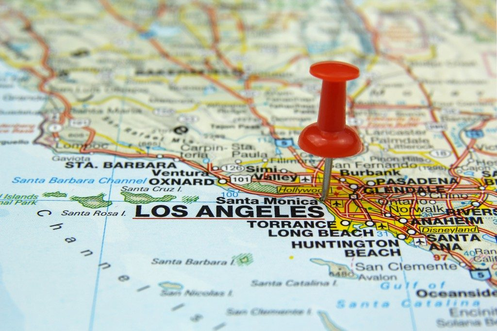 hollywood pinned on map